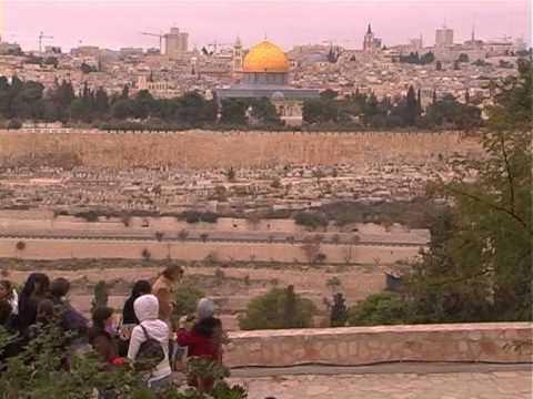 Nelvitski - The Tanzanian group tour in The Holy Land with honorable bishop Gertrude Rwakatare. this clip is all about the Jerusalem sites. produced by Kibo Travel Burea...
