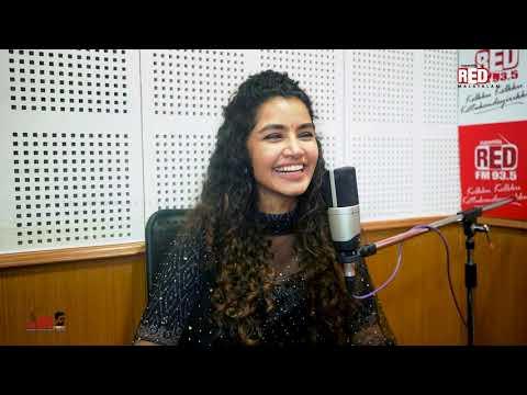 Anupama Parameswaran | Red Carpet | RJ Mike | Red FM Malayalam