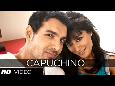 Capuchino Video Song | I Me Aur Main
