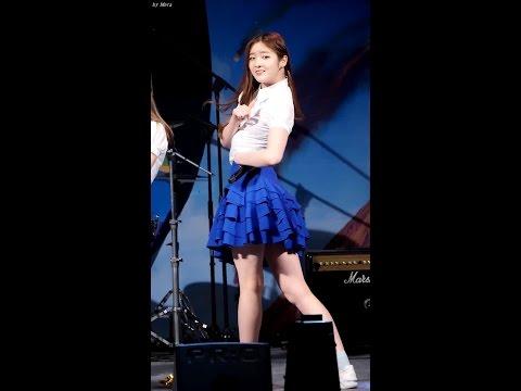 韓女團勁歌熱舞 「胸部滑到肚子上」