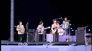 John Lennon Humour : Comedy Clips From Shea Stadium - 1965