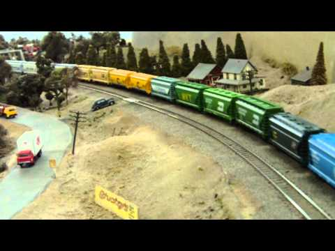 High Traffic through Davis @ Belmont Shore Model Railroad Club