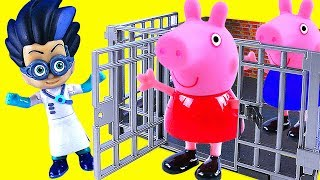 Download Video Toy PEPPA PIG Toys Go To Jail MP3 3GP MP4
