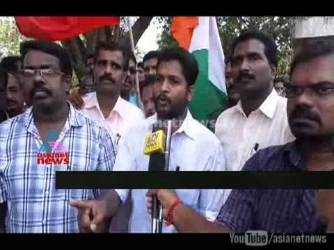 Strike - Attingal KSRTC workers held strike on protest against youth congress leader, who attacked a driver inside Attingal police station.