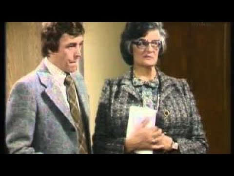 Mind Your Language Season 2 Episode 8 After Three Eng Subs