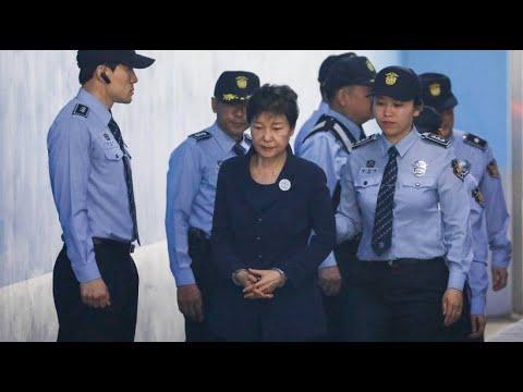 Südkoreas Ex-Präsidentin: 24 Jahre Haft für Park Ge ...