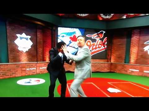 Pedro Martinez gets hit in face by Harold Reynolds! MLB Tonight!