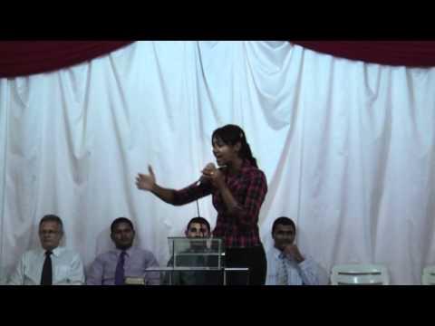 Iara Carvalho Interpretando Louvor de Andréia Fontes em São Geraldo do Araguaia   Pará