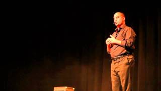"Video Jerome Commandeur : Sketch Les gens moches extrait du spectacle ""Jerome Commandeur se fait discret"". MP3, 3GP, MP4, WEBM, AVI, FLV September 2017"