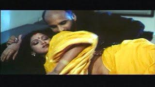 Video Manager affair with his Boss wife Bhuavneshwari | Pathikichi பத்திகிச்சி | Glamour Movie MP3, 3GP, MP4, WEBM, AVI, FLV Juni 2018