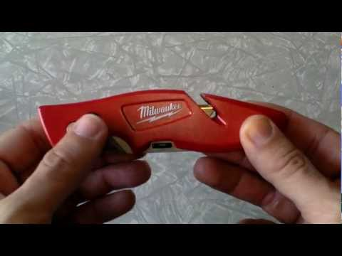 milwaukee - i can't say enough good things about this utility blade! i would recommend it and enjoy having it with my other edc items. The Milwaukee 48-22-1901 is design...