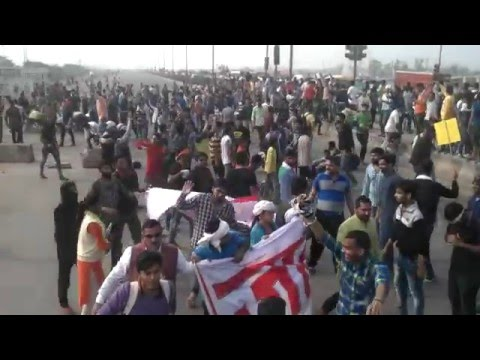 Video जाट आरक्षण jat students jammed delhi ring road about 6 hours For reservations download in MP3, 3GP, MP4, WEBM, AVI, FLV January 2017