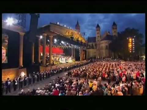 """Andre Rieu et 400 instruments à cuivre """"Alte Kameraden"""""""