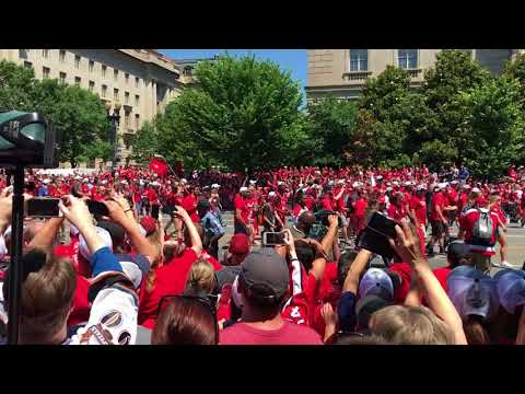 Caps Parade 12Jun18 05
