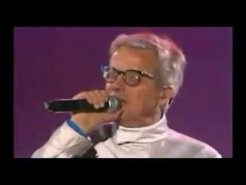 Live Music Show - Devo at the Olympic Games (2010)