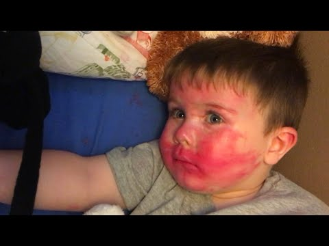 Little Brother Steals Sister's Lipstick And His Reaction After Being Caught Was Priceless!