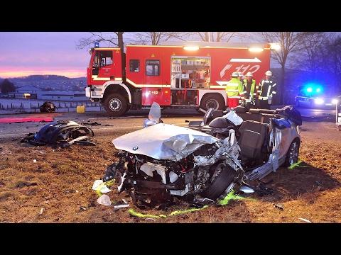 Unfall bei Brilon: Fahrer in Lebensgefahr