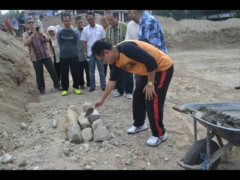 Dok Humas Untad, Peletakan Batu Pertama Mesjid Berlantai II Fakultas Teknik Universitas Tadulako