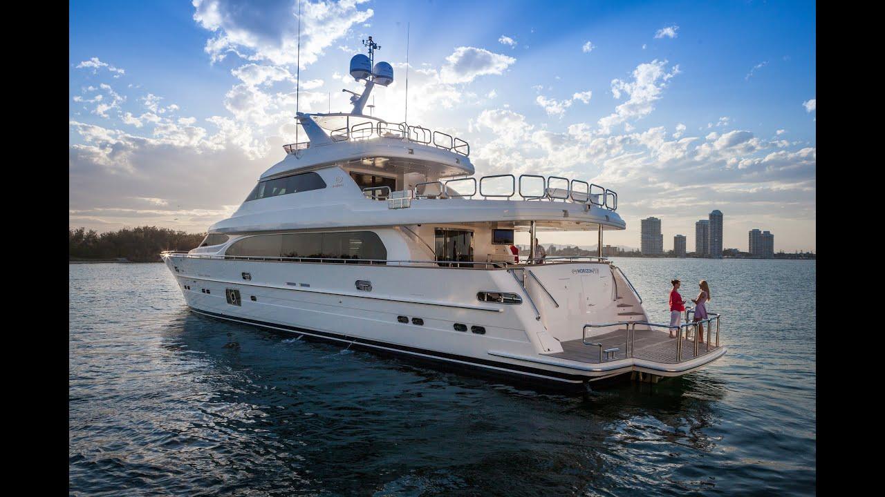 P110 Yacht