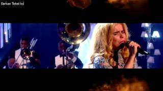 Paloma Faith - Only Love Can Hurt Like This LIVE Alan Carr Chatty Man