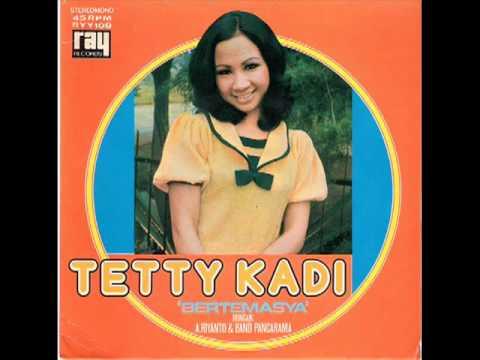 Video Senandung Rindu - Tetty Kadi download in MP3, 3GP, MP4, WEBM, AVI, FLV February 2017