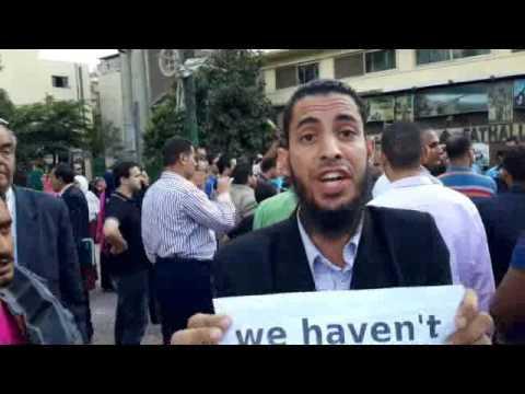 بالفيديو: وقفة احتجاجية لحملة الماجستير والدكتوراة امام نقابة المحامين