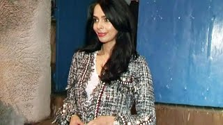 HOT Mallika Sherawat Spotted At Olive Restaurant