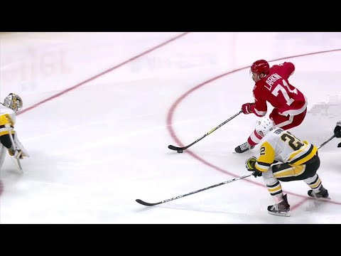 Video: Dylan Larkin speeds by the Penguins to score great goal