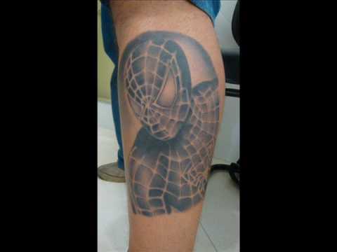 Ticano Tattoo tatuando a nova e 5ª tatuagem de Iran Malfitano