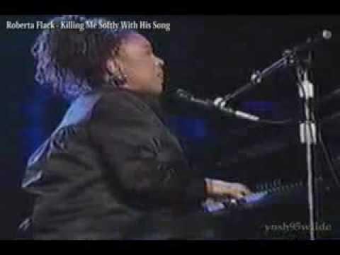 Tekst piosenki Roberta Flack - Killing me softly po polsku