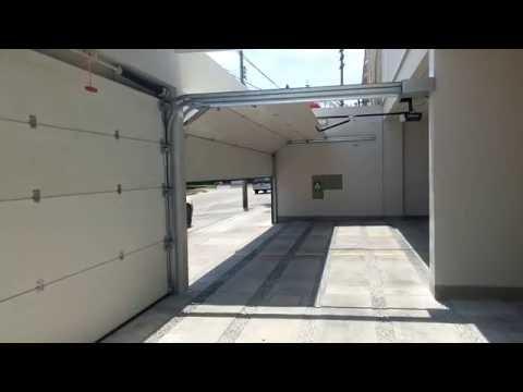 Mantenimietno de puertas levadizas seccionales de garaj