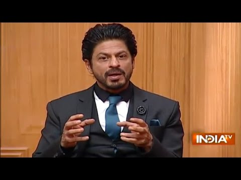 Video Shahrukh Khan's Reply To 'Aap Khate Bharat Ka Hain Aur Baat Pakistan Ki Karte Hain' download in MP3, 3GP, MP4, WEBM, AVI, FLV January 2017