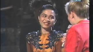 Video Ruth Sahanaya - Winners' Ceremony Midnight Sun Song Festival 1992 MP3, 3GP, MP4, WEBM, AVI, FLV Mei 2018