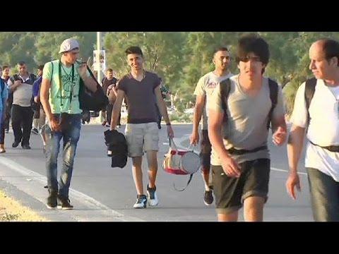 Λέσβος: Οι προσπάθειες των αρχών να αντιμετωπίσουν το μεταναστευτικό