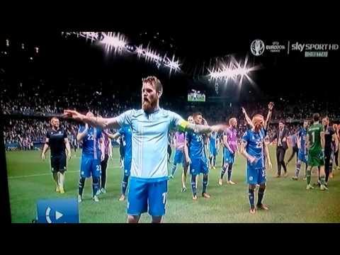 Ultras Islanda dopo la vittoria con l'Inghilterra