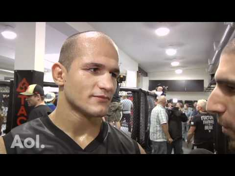 Junior dos Santos Looking to Exploit Shane Carwin's Lack of Cardio at UFC 131