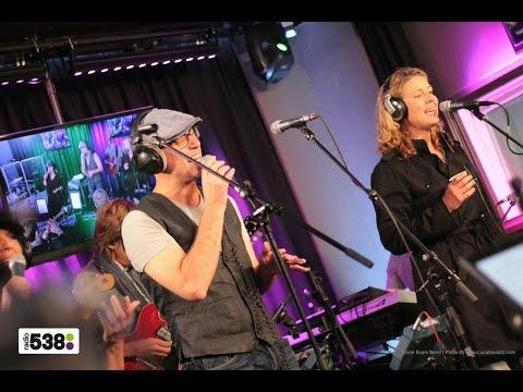 Edwin Evers Band - Earth, Wind & Fire medley | Live bij Evers Staat Op