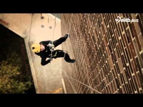 Rapelando el edifcio singular de Pamplona (видео)
