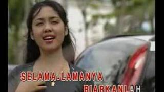 Download lagu Izzla Ku Kunci Rindu Buatmu Mp3