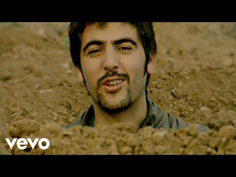 Vacaciones - Music video by Estopa performing Vacaciones (Videoclip). (C) 2005 SONY BMG MUSIC ENTERTAINMENT SPAIN, S.L..