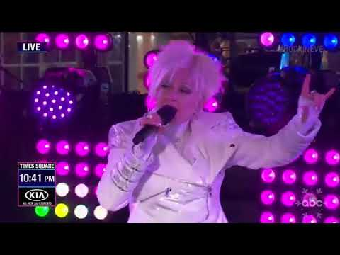 Cyndi Lauper delivers AWFUL New Years Eve performance on stage on national TV