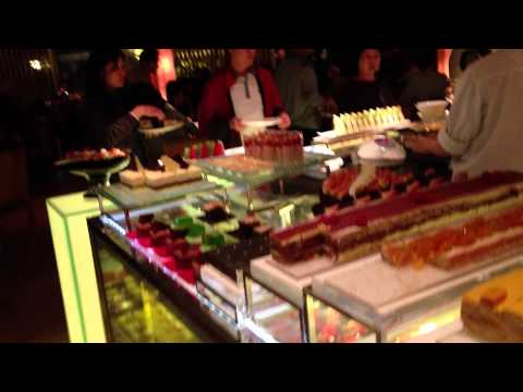 Luxurious diner buffet (Island Shangri-La Hotel)