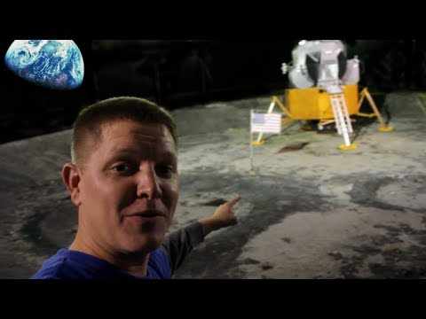 Koutový odražeč na Měsíci
