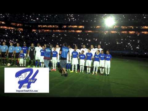 ESPECTACULAR - Himno de Honduras frente a Brasil en Miami