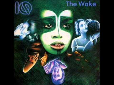 Tekst piosenki IQ - Widow's Peak po polsku