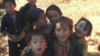 hmong-children-in-ban-phu-leuy