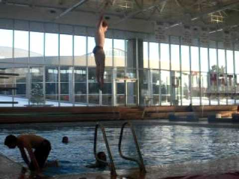NIc falling of the diving board! :)