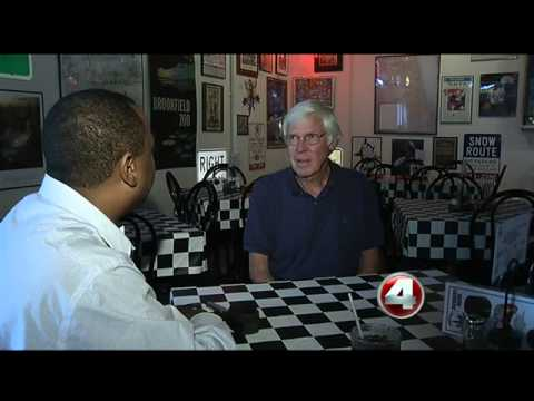 Small business owner watch fiscal cliff talks