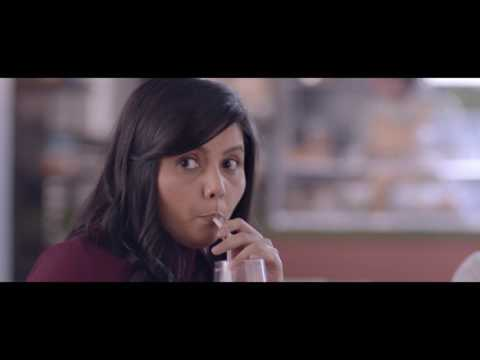 Axis Bank-Axis Bank Buzz - The Shopaholics