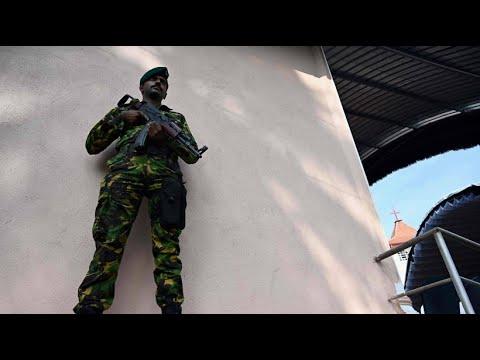 Sri Lanka: Notstand - Polizei und Militär sind in vol ...